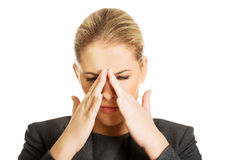 Mulher com dor da pressão da cavidade Fotos de Stock Royalty Free