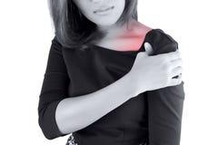 Mulher com dor do ombro fotos de stock royalty free
