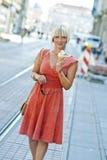 Mulher com gelado Imagem de Stock Royalty Free