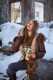Mulher com lâmpada Imagem de Stock Royalty Free