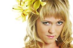 Mulher com lírio Imagens de Stock Royalty Free