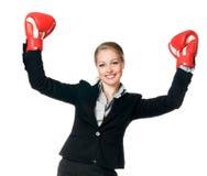 Mulher com luvas de encaixotamento Imagens de Stock