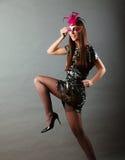 Mulher com máscara do carnaval no cinza foto de stock royalty free
