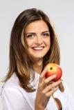 Mulher com maçã vermelha Imagens de Stock Royalty Free