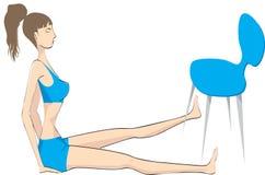 Mulher com o exercício da cadeira, Foto de Stock Royalty Free