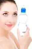 Mulher com o frasco da agua potável Imagem de Stock