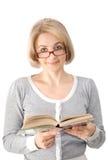 A mulher com o livro Fotografia de Stock Royalty Free