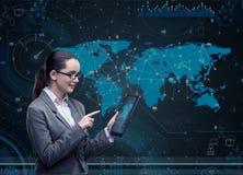 A mulher com o tablet pc no conceito do negócio Imagem de Stock