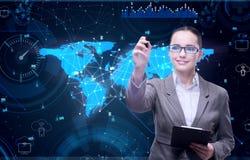 A mulher com o tablet pc no conceito do negócio Imagens de Stock Royalty Free