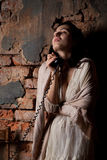 Mulher com o telefone Fotografia de Stock Royalty Free