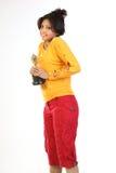 Mulher com o troféu do ouro foto de stock