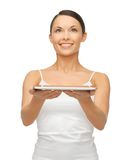 Mulher com PC da tabuleta Fotos de Stock Royalty Free