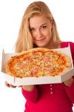 A mulher com pizza grande na caixa da caixa não pode esperar para comê-la Fotografia de Stock Royalty Free