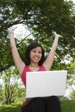 Mulher com portátil Imagem de Stock Royalty Free