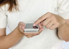 Mulher com smartphone Foto de Stock Royalty Free