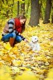 Mulher com terrier fotografia de stock royalty free