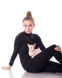 Mulher com um gato Imagem de Stock Royalty Free
