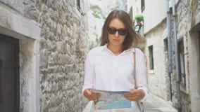 Mulher com um mapa filme