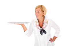 Mulher com uma bandeja Imagens de Stock Royalty Free