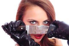 Mulher com uma faca fotos de stock