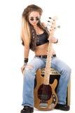 Mulher com uma guitarra. Rocha-n-role o estilo Fotos de Stock Royalty Free