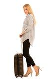Mulher com viagem da mala de viagem isolada sobre o fundo branco Imagem de Stock