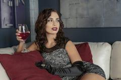 Mulher com vidro do vinho Foto de Stock Royalty Free