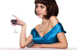 Mulher com vinho vermelho de vidro Imagens de Stock Royalty Free