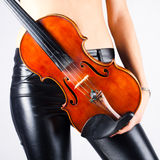 Mulher com violino Foto de Stock Royalty Free