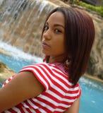 Mulher com Waterfal Imagem de Stock Royalty Free