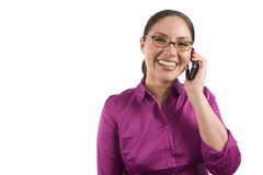 A mulher consideravelmente asiática fala no telefone imagem de stock