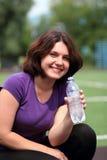 Mulher da aptidão com o frasco da água Imagens de Stock Royalty Free