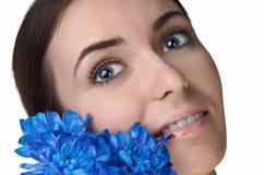 Mulher da beleza com flor fotos de stock