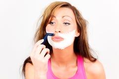 Mulher da depilação do shave da face Foto de Stock Royalty Free