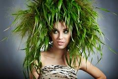 Mulher da ecologia, conceito verde imagens de stock royalty free