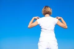 Mulher da ioga que faz exercícios Fotos de Stock Royalty Free