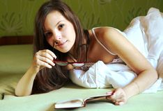 Mulher da leitura Foto de Stock