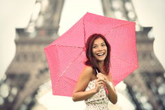 Mulher da torre Eiffel de Paris fotos de stock royalty free