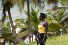 Mulher de Gana que levanta em Paradise fotos de stock royalty free