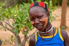 Mulher de Hamar no vale de Omo em Etiópia sul, África Foto t Fotografia de Stock