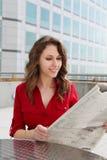 Mulher de negócio bonita nova imagens de stock