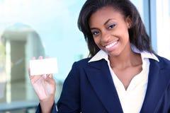 Mulher de negócio com cartão imagem de stock