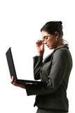 Mulher de negócio com computador Imagens de Stock Royalty Free