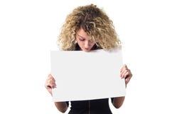 Mulher de negócio com poster em branco Imagens de Stock Royalty Free