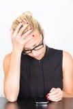 Mulher de negócio com seu telefone esperto Fotos de Stock Royalty Free