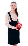 A mulher de negócio está sorrindo com o presente foto de stock