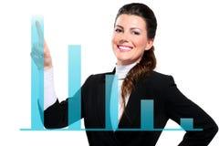 Mulher de negócio feliz bonita nova que mostra cartas digitais foto de stock royalty free