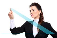 Mulher de negócio feliz bonita nova que mostra cartas digitais fotografia de stock