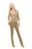 Mulher de negócio loura da forma bonita no terno do bege do verão Imagem de Stock Royalty Free