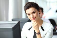 Mulher de negócio moderna Fotografia de Stock Royalty Free